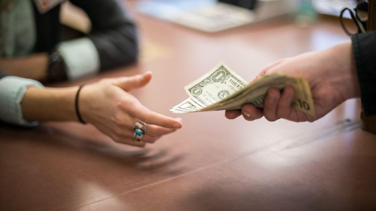 Судебное взыскание дебиторской задолженности оформить кредит с действующими просрочками